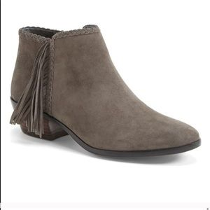 Sam Edelman Gray Suede ankle boots